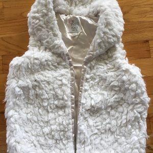 Girls XL 14, Fuzzy Vest